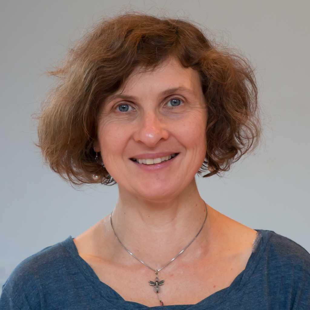 Eleanor Dawson yoga teacher
