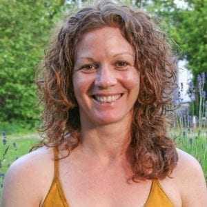 Niamh Jones yoga