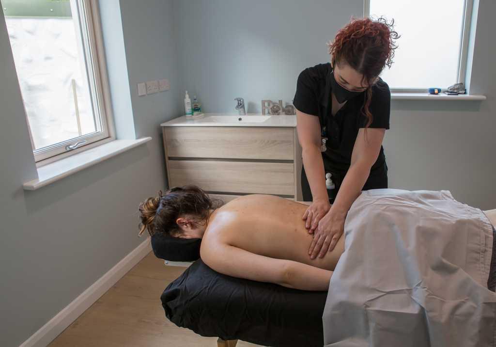Massage room 12